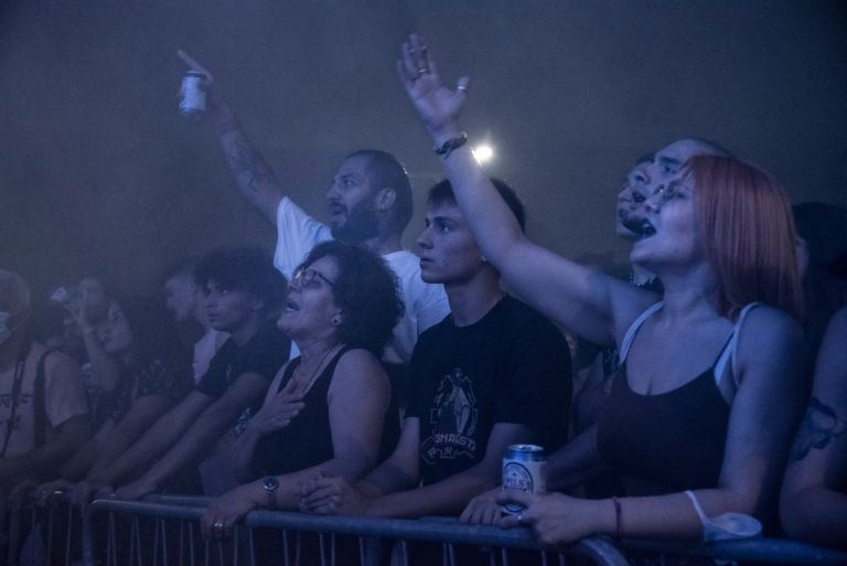 Μάγδα Φύσσα – Παρούσα στη μεγάλη συναυλία για τον Παύλο στο Κερατσίνι   tanea.gr