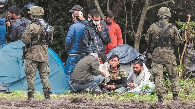 Μια μάχη χωρίς σφαίρες στα σύνορα   tanea.gr