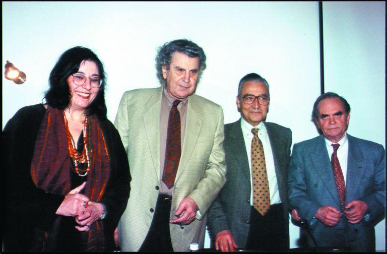 Μίκης Θεοδωράκης – Το «αντίο» σπουδαίων Ελλήνων στον μουσικοσυνθέτη   tanea.gr