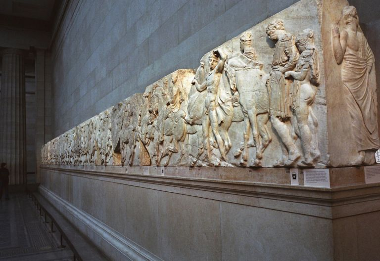 UNESCO calls on UK to urgently review its decision on the return of the Parthenon Marbles | tanea.gr