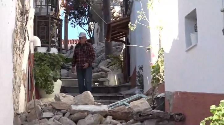 Σάμος –  200 οικογένειες έξω από τα σπίτια τους   tanea.gr