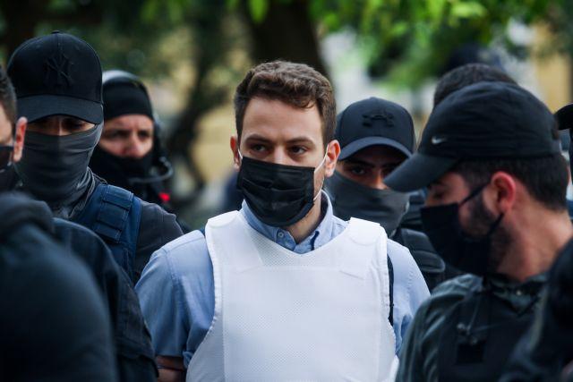 Γλυκά Νερά – Είχε συνεργό ο πιλότος στη δολοφονία της Καρολάιν;   tanea.gr