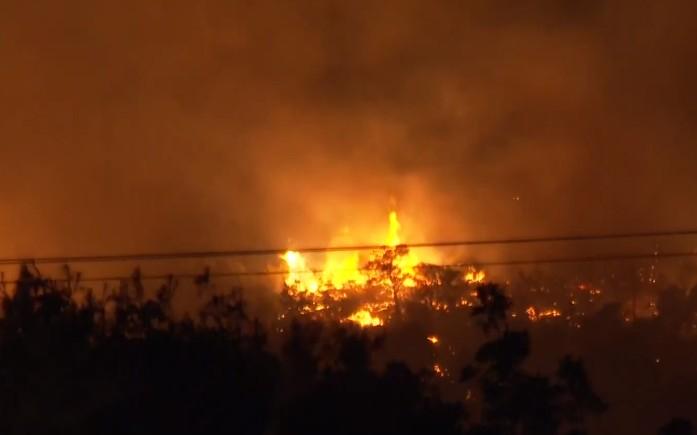 Φωτιά στα Καλύβια Αρκαδίας – Με εγκαύματα στο νοσοκομείο ο αντιδήμαρχος της περιοχής | tanea.gr