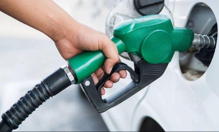 Έχουμε την 4η ακριβότερη τιμή βενζίνης στην ευρωζώνη | tanea.gr
