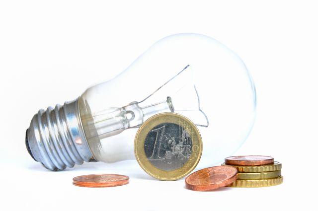 Για εκτίναξη των τιμολογίων στο ρεύμα προειδοποιεί η ΕΕ | tanea.gr