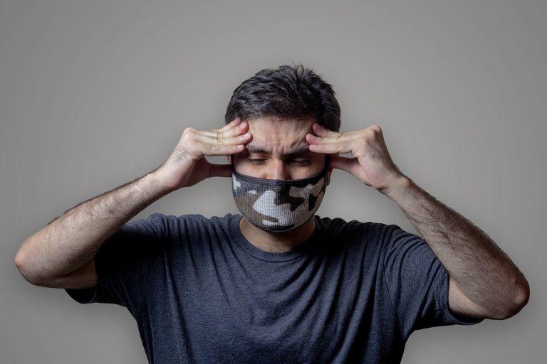Κοροναϊός – Πόσοι ασθενείς συνεχίζουν να έχουν συμπτώματα για μήνες;   tanea.gr