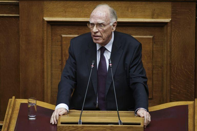 Σε κρίσιμη κατάσταση με κοροναϊό ο Βασίλης Λεβέντης – Διασωληνώθηκε | tanea.gr