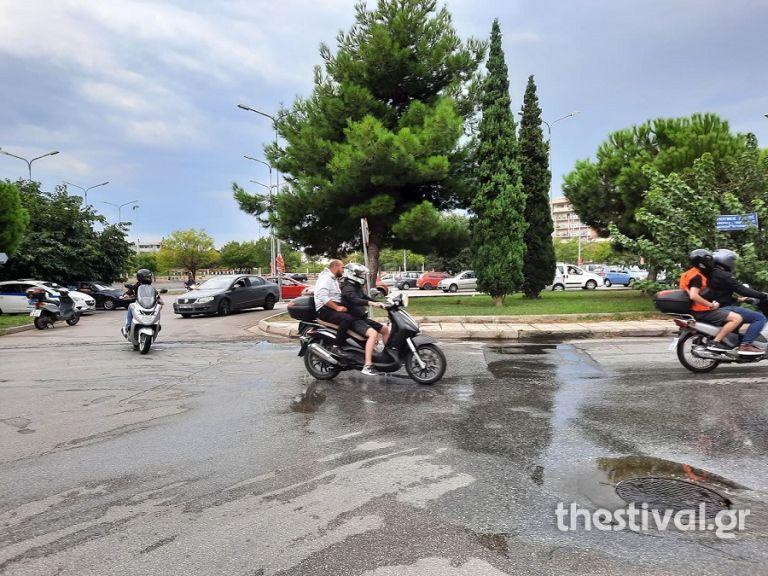 Μηχανοκίνητη πορεία κατά του υποχρεωτικού εμβολιασμού | tanea.gr