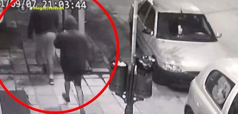Θεσσαλονίκη – Eκλεψαν τσάντα με 315.000 ευρώ από ρακοσυλλέκτη!   tanea.gr