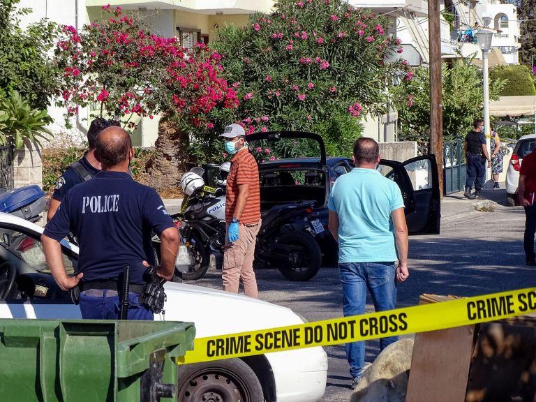 Αντιπαράθεση Γαϊτάνη – Σπίρτζη στο Twitter για τη νέα γυναικοκτονία   tanea.gr