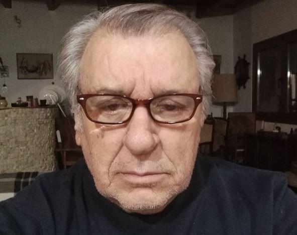 Τάσος Χαλκιάς – Συγκινεί μιλώντας για το πρόβλημα υγείας του | tanea.gr