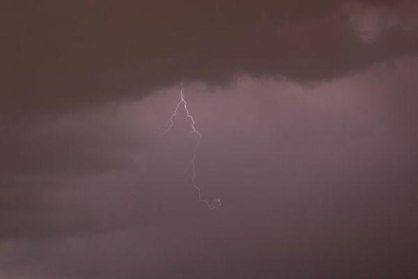 Αθήνα – Σφοδρή καταιγίδα στην πρωτεύουσα | tanea.gr