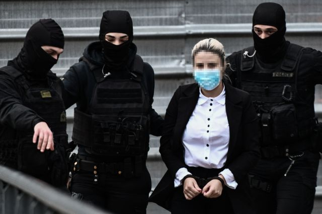 Επίθεση με βιτριόλι – «Δεν είμαι δολοφόνος. Από ένα ντοκιμαντέρ στην τηλεόραση μου ήρθε η ιδέα...» λέει η δράστρια | tanea.gr