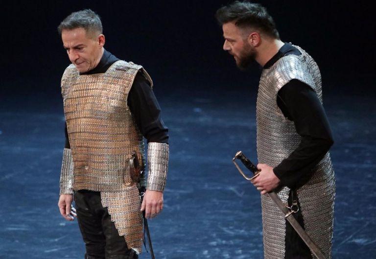 Ορέστης Τζιόβας – Ο Λιγνάδης και ο Φιλιππίδης πλήρωσαν την αλαζονεία τους   tanea.gr