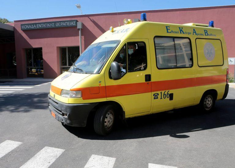 Σε σοβαρή κατάσταση 34χρονος μοτοσικλετιστής μετά από τροχαίο | tanea.gr
