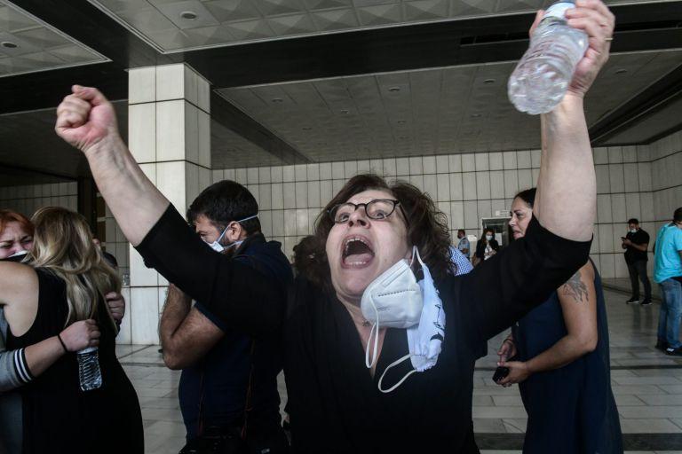 Δίκη Χρυσής Αυγής – Ενας χρόνος από την καταδίκη της ως εγκληματική οργάνωση   tanea.gr