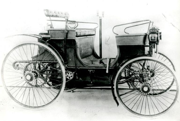 Το πρώτο Peugeot κυκλοφόρησε στις 2 Οκτωβρίου του 1891 και απέδιδε 2 ίππους | tanea.gr