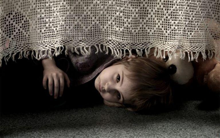 Φρίκη στη Ρόδο  - Οι γιατροί επιβεβαιώνουν τον βιασμό της οκτάχρονης   tanea.gr
