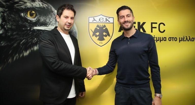 Πρώτο θέμα στο Kicker η πρόσληψη του Γιαννίκη από την ΑΕΚ | tanea.gr