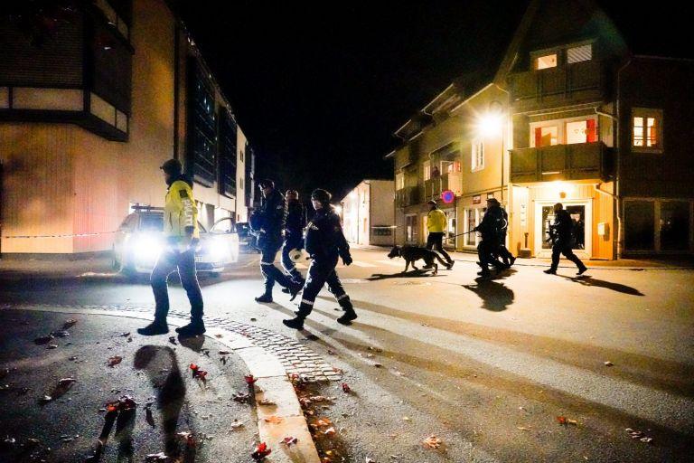 Νορβηγία – Τουλάχιστον τέσσερις νεκροί από την επίθεση με το τόξο | tanea.gr