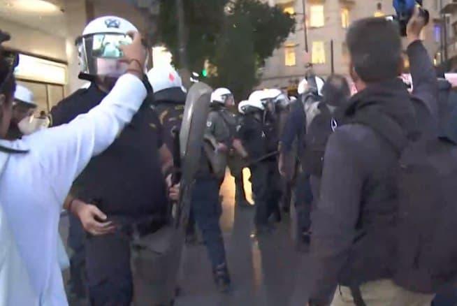 Ενταση στο Πανεκπαιδευτικό συλλαλητήριο | tanea.gr